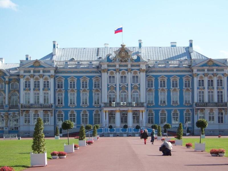 Le palais de catherine st petersbourg for Les jardins de catherine