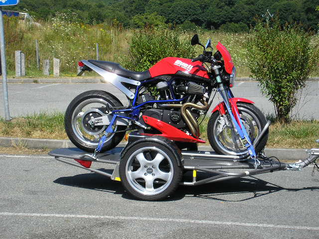 T4zone afficher le sujet porte moto for Porte u moto
