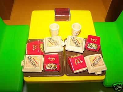 barbie au fast food mmmmmmmmmmmmmm. Black Bedroom Furniture Sets. Home Design Ideas